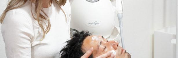 男性にいちご鼻が多い理由とは・正しいスキンケア方法でいちご鼻を解消!